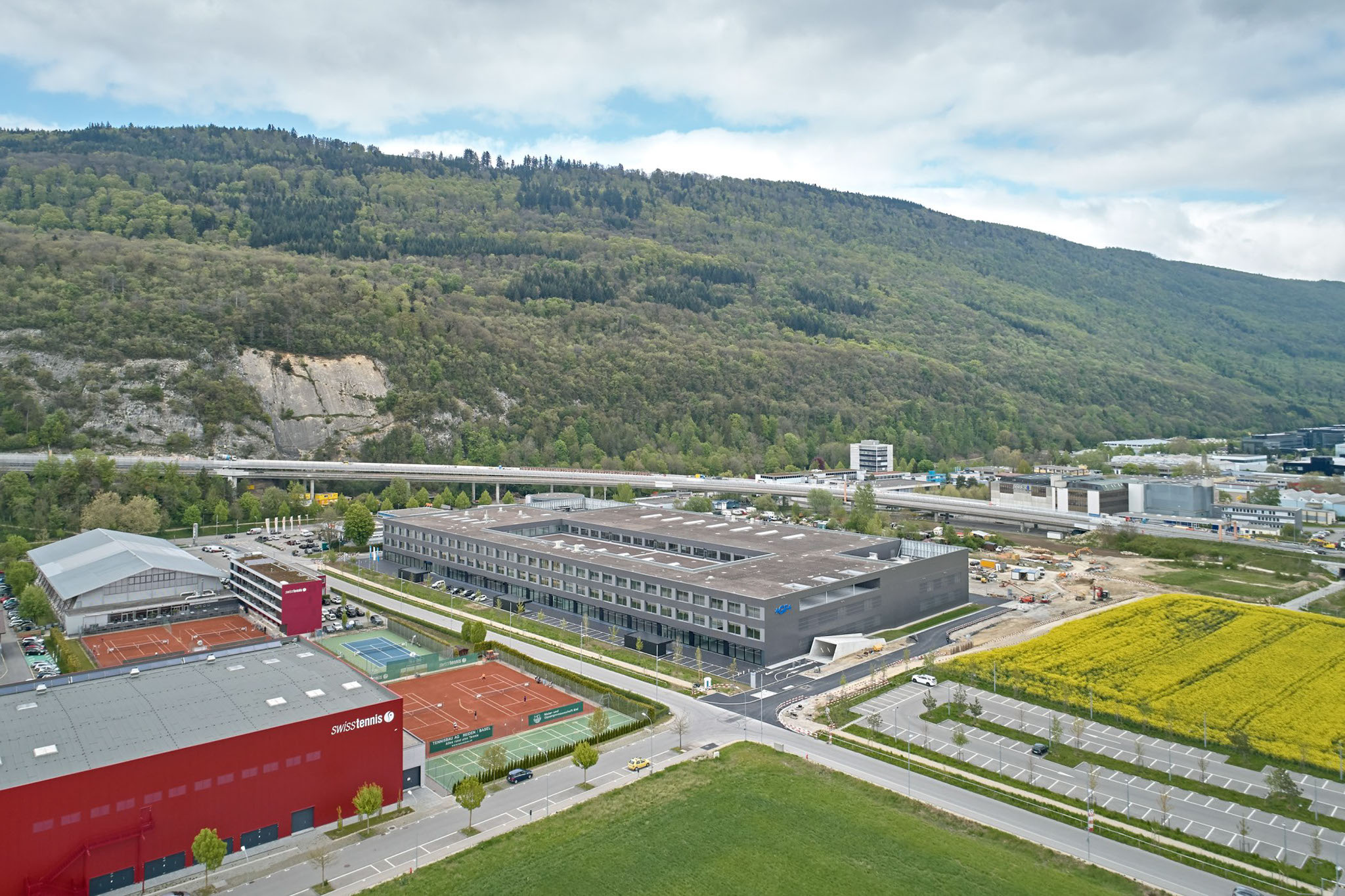 Inauguration of the new innovation and production center in Biel/Bienne